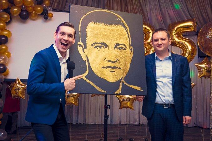 Ведущий Киев Николай Волков!