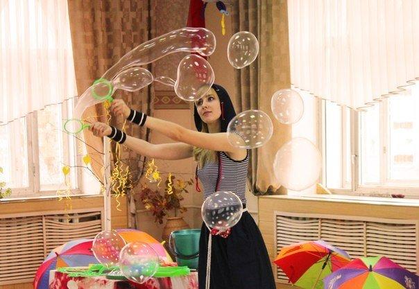 Шоу мыльных пузырей от Таи Лисовой в Москве