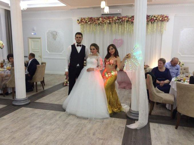 Светодиодное шоу на свадьбу