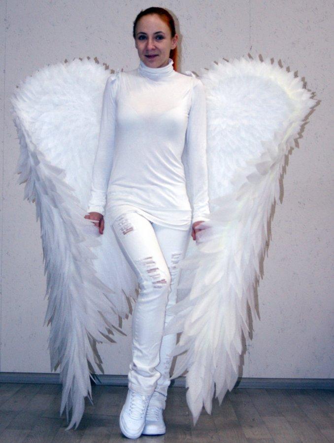 Большие Крылья Ангела