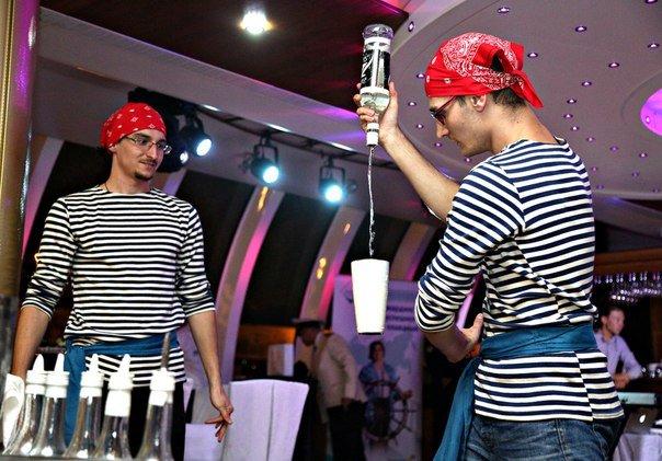 Пиратское шоу барменов