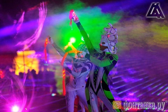Лучевые лазерные шоу