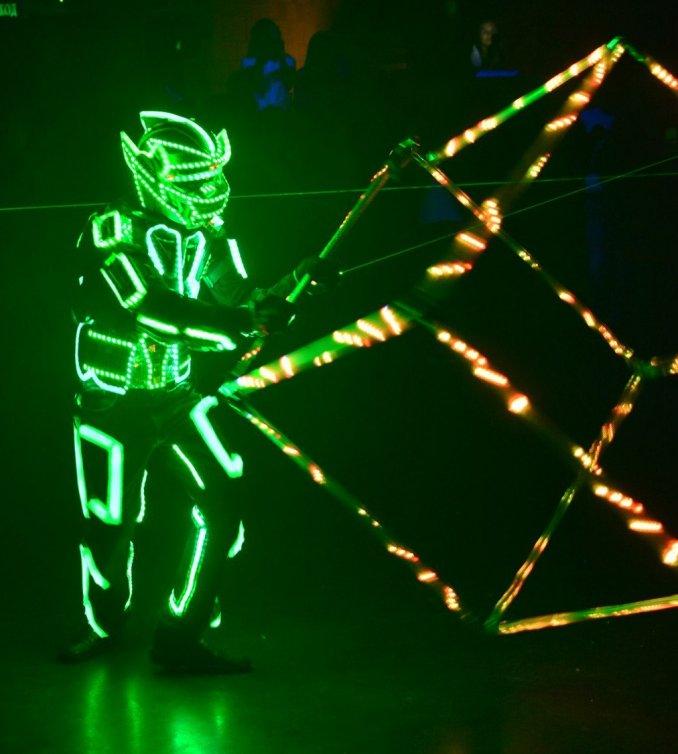 Свето-лазерное шоу