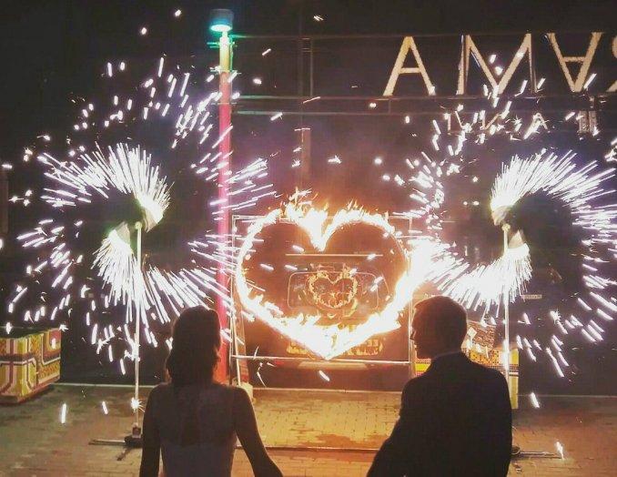 Пиро-вертушки и огненное сердце