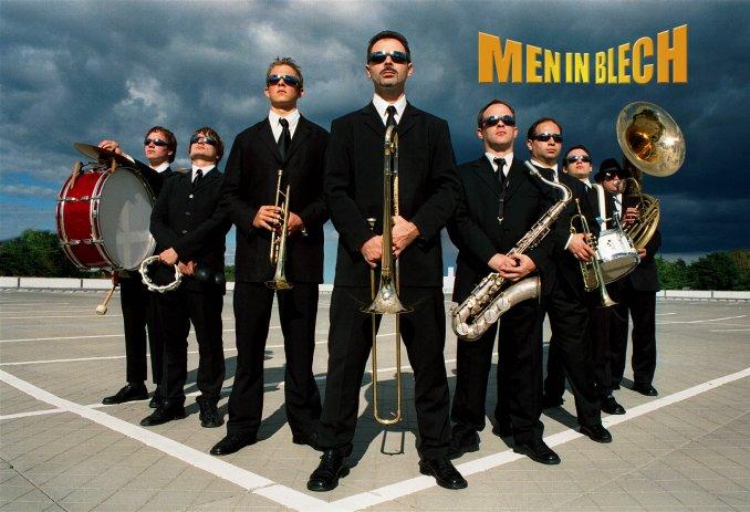 MEN IN BLECH - танцующие музыканты из Гамбурга