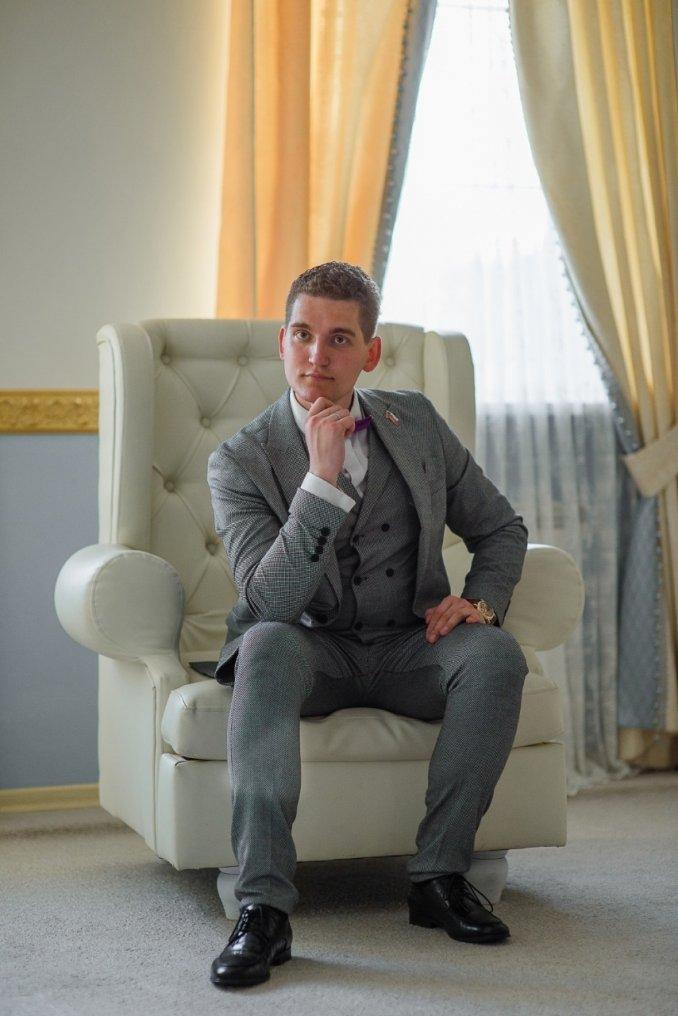 Ведущий деловых мероприятий в Москве - Александр Потапенко.