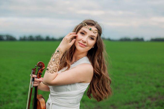 Скрипачка Екатерина Забава