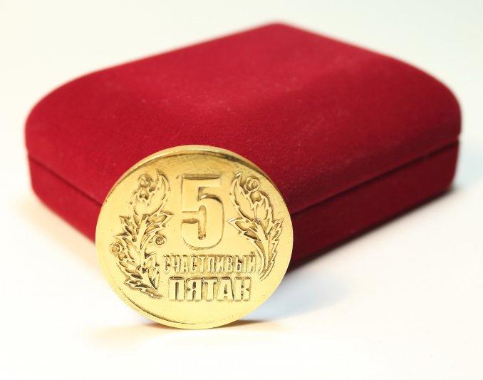 Монетный двор, чеканка монет с любыми изображениями