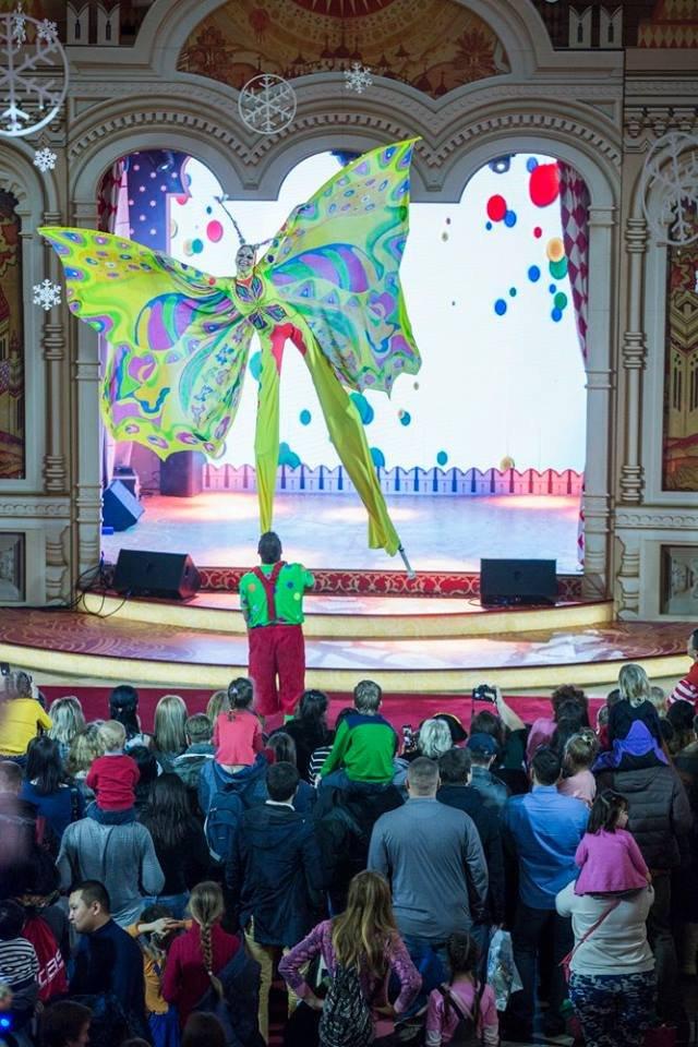 Зрелищное и завораживающее Шоу в исполнении Елены Савельичевой