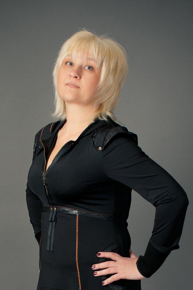Алена Скок