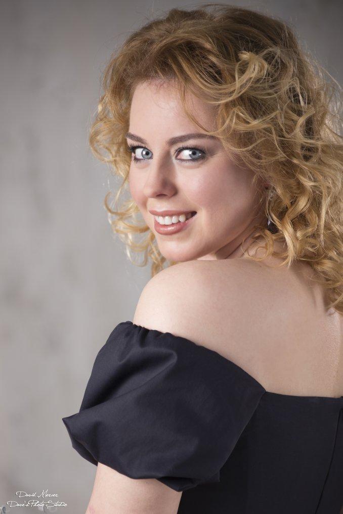 Ольга Невская(певица)