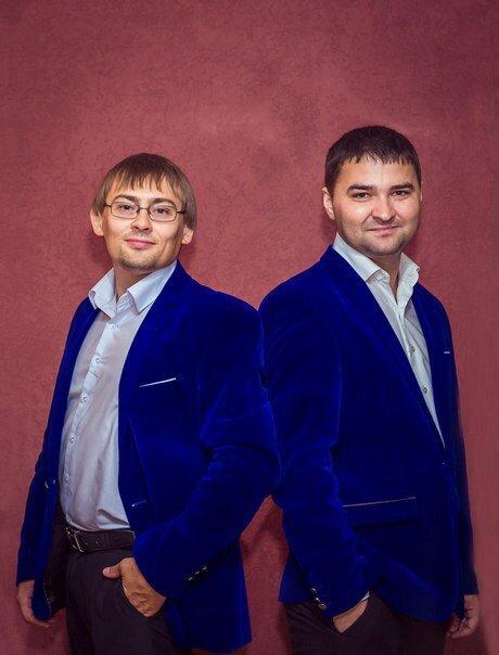 Ведущие Александр Золотарев и Азат Абашев