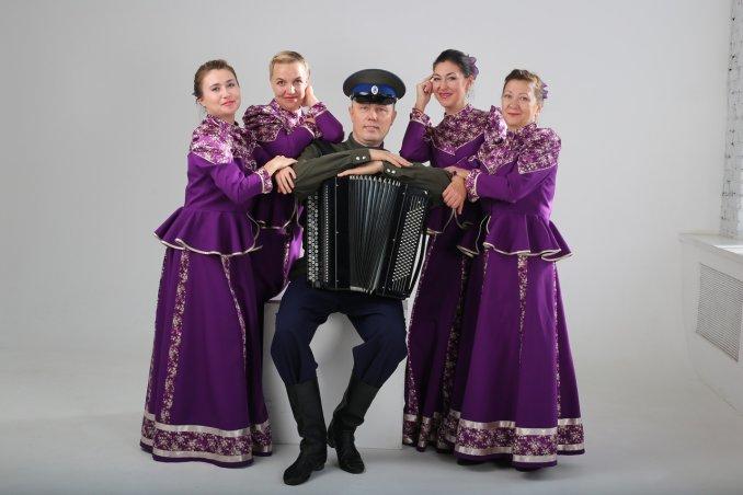 """Театр русской песни """"Иванчай"""" - уникальный, самобытный и очень колоритный коллектив."""
