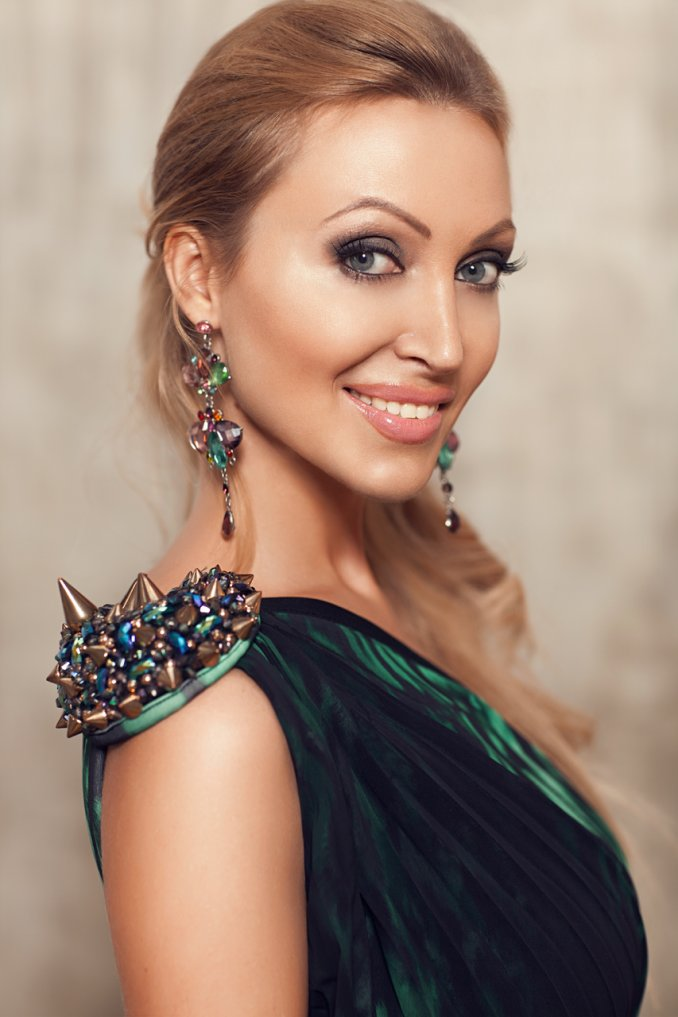 Вероника Миндаль