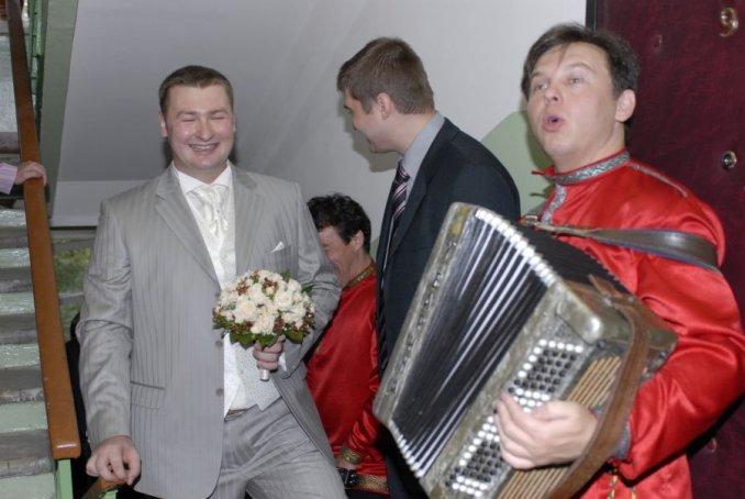 Ведущий русских праздников Виктор Баринов