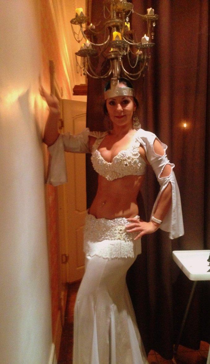 Профессиональная танцовщица-танец живота-Офра